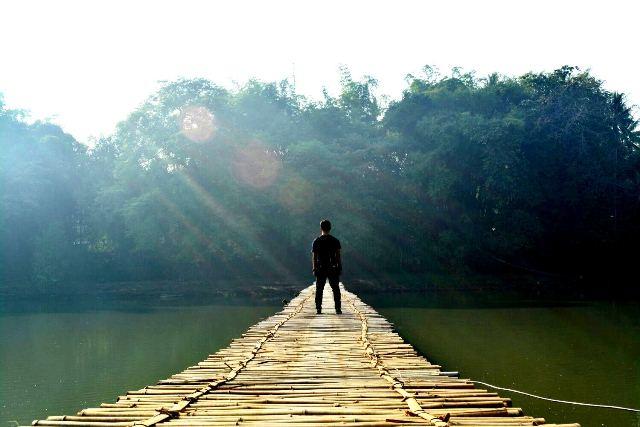Arie Widayanto (@ariwyo) di atas Jembatan Sesek Bantul