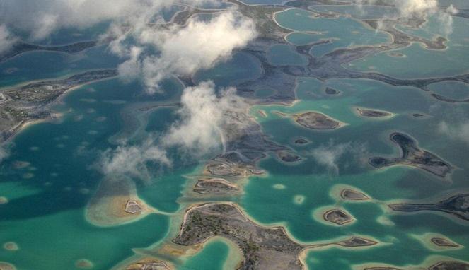 Pulau-pulau di Kiribati (Daily Mail)
