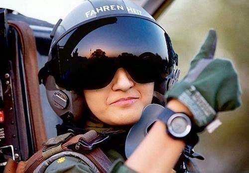 Prajurit militer wanita pakistan (blogspot)