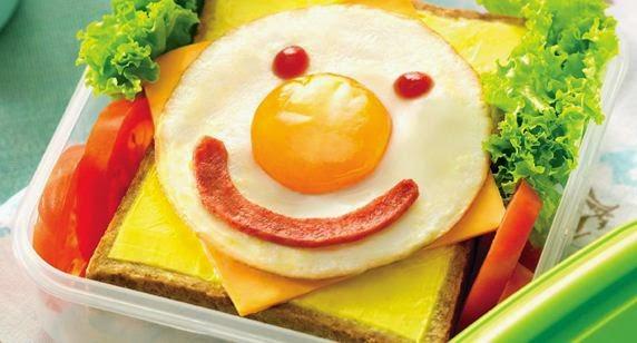 Hias Makanan agar Dia Lebih Nafsu untuk Makan Bekal dari Kamu (blogspot)