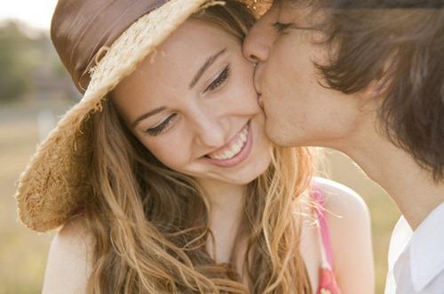 Memanjakan kekasih sesekali tak salah kok (bbc)