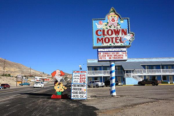 Clown Motel di Tonopah (www.fadedindustry.com)