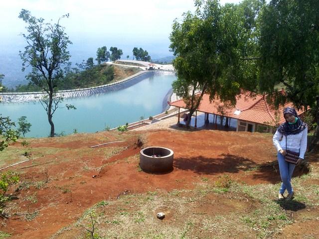 Batara Sriten: Kolam Tertinggi di Gunungkidul, Yogyakarta