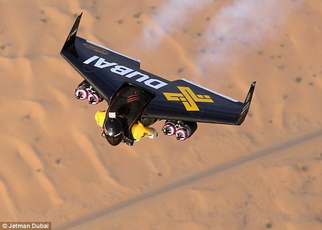Jetman Dubai (Daily Mail)