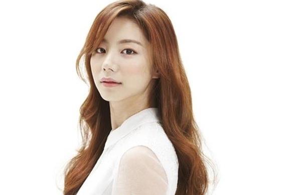 Park Soo Jin (www.kpopmusic.com)