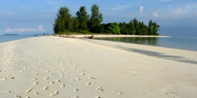 Pulau Morotai (Sooperboy)