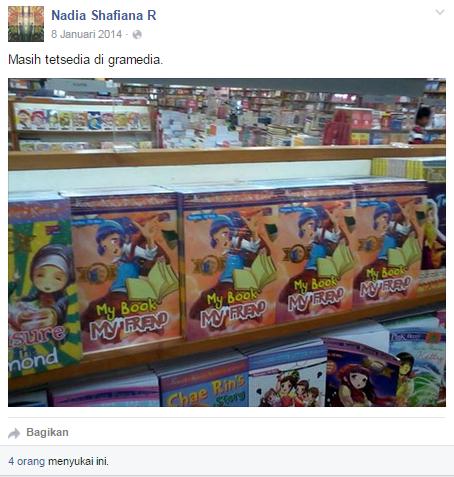 Karya Nadia dipajang di toko buku! (facebook.com)