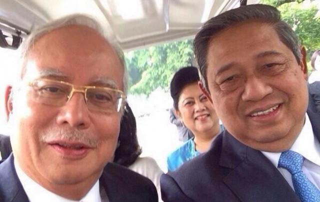 Selfie SBY dan PM Mohd Najib Tun Razak (sidomi)