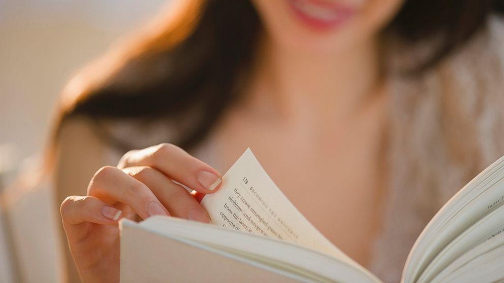 Ini Loh Ragam Manfaat Kalau Kamu Hobi Baca Cerita Fiksi