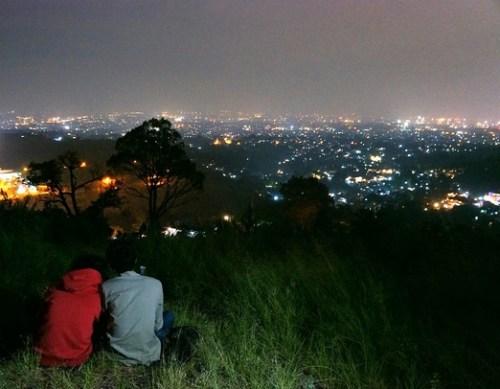 Romanitsme Bukit Bintang Bandung (Foto: tempatwisatadibandung.info)