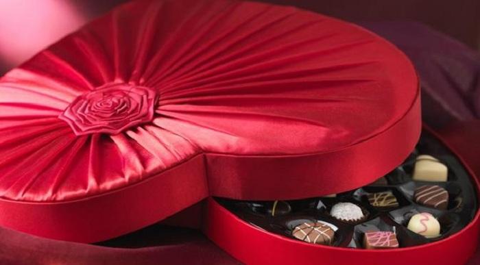 Kenapa Valentine Identik dengan Cokelat?