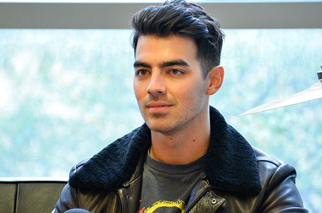 Joe Jonas (billboard)