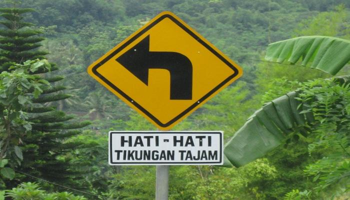 5 Jalan Terekstrem di Indonesia