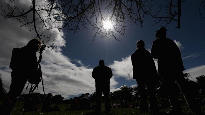 Lihat Gerhana Matahari Bisa Kena Penyakit, Ini Tips Menghindarinya