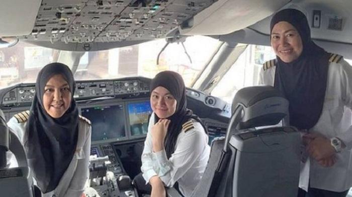 Maskapai Penerbangan Ini Semua Krunya adalah Wanita