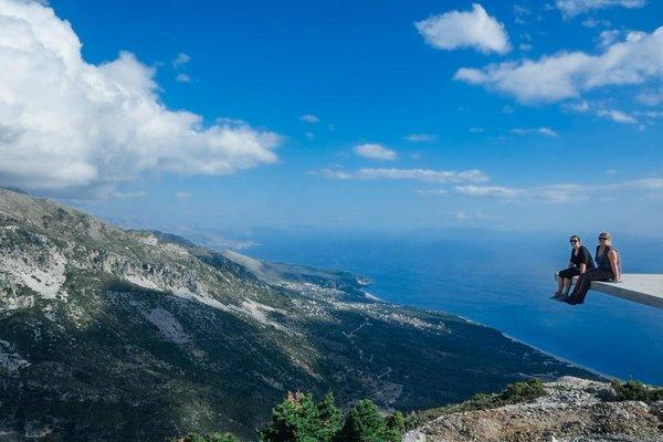 Albanian Riviera (yomadic.com)