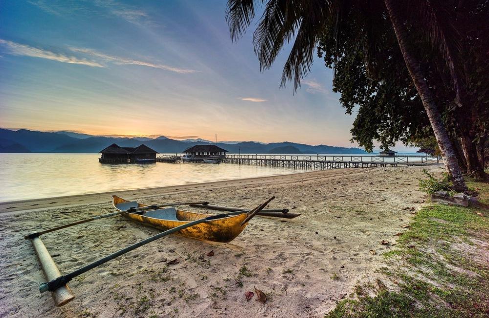 Panorama resort dari pinggir pantai. Photo by www.cubadak-paradisovillage.com