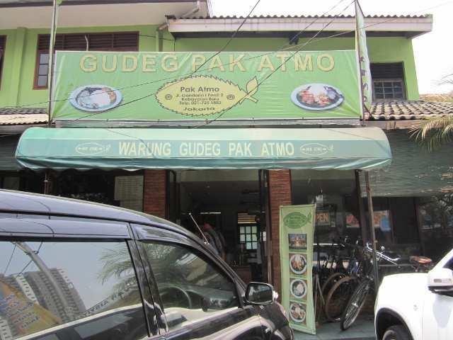 Gudeg Pak Atmo, Gandaria (food.detik.com)