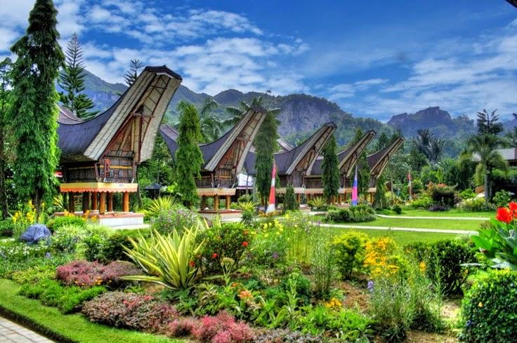 5 Desa yang Lestarikan Budaya Indonesia, Indah Banget!