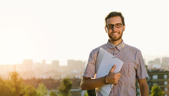 5 Alasan Kenapa Kamu Tak Usah Mikirin Jodoh