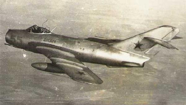 Pesawat MIG-17 (Kaskus)