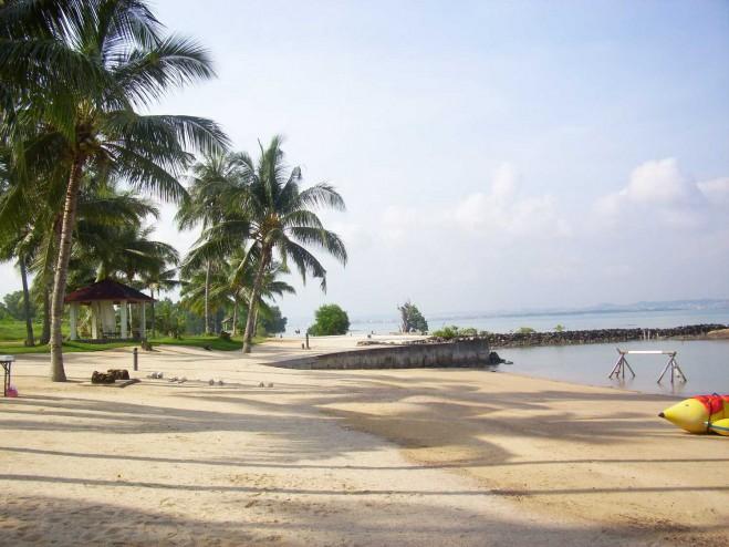Pantai Sekilak (pasirpantai.com)