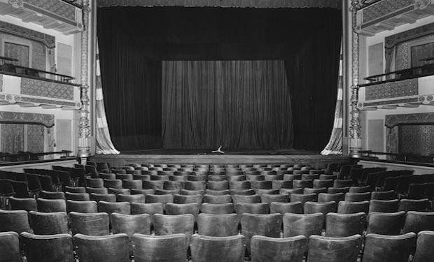 Ilustrasi bioskop lama (IFC)