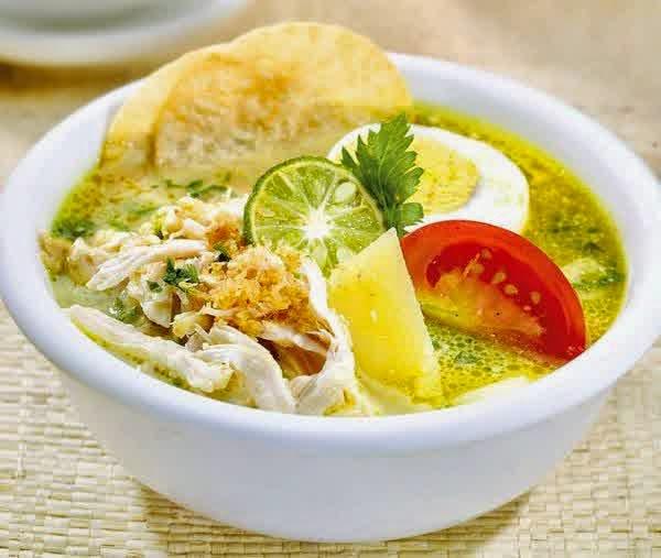 Soto ayam (Asli Indonesia)