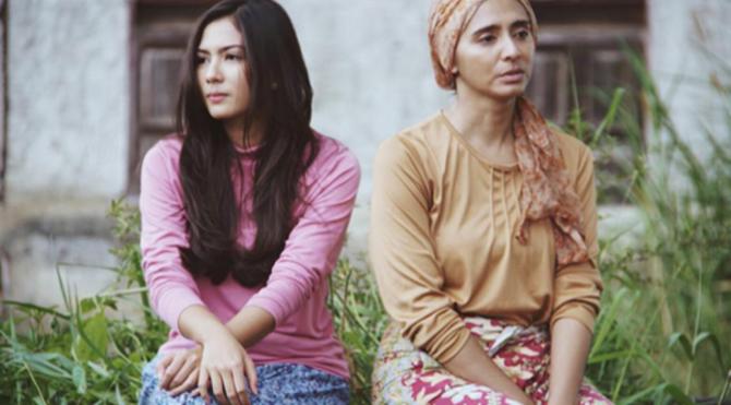 Adegan film Surga di Telapak Kaki Ibu (Instagram)