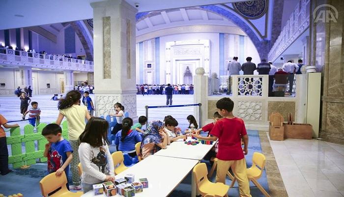 Tampil Beda, Masjid di Turki Sediakan Taman Bermain untuk Anak-anak