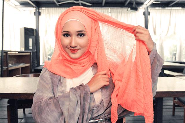 5 Style Hijab untuk Kamu Berpipi Chubby