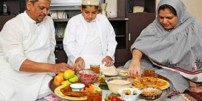 Bukan yang Manis, Komunitas di Dubai Berbuka Puasa dengan yang Asin