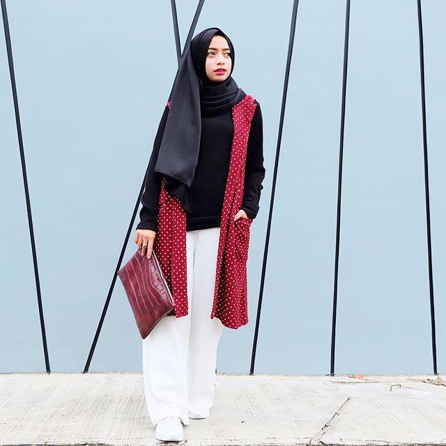 5 Instagram Hijabers Cantik yang Menginspirasi Busana Ramadan Kamu