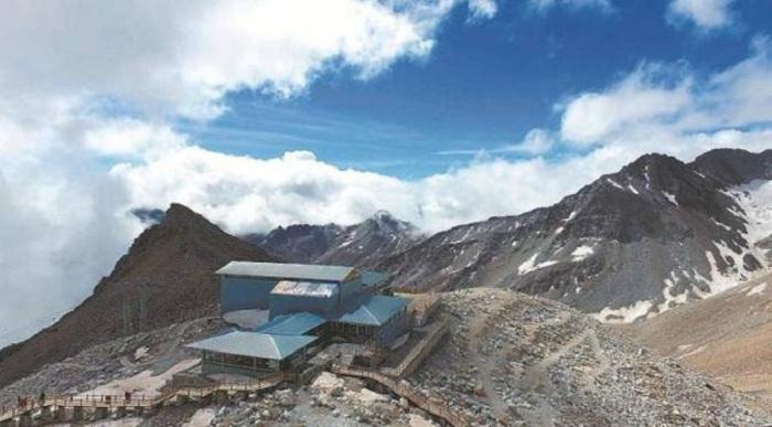 Berada di Ketinggian 4 Ribu Meter, Inilah Kafe Tertinggi di Dunia