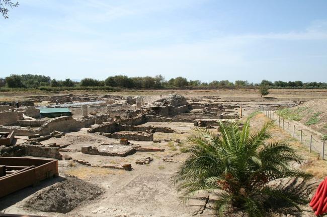 Sisa reruntuhan kota Thurii (Wikimedia)