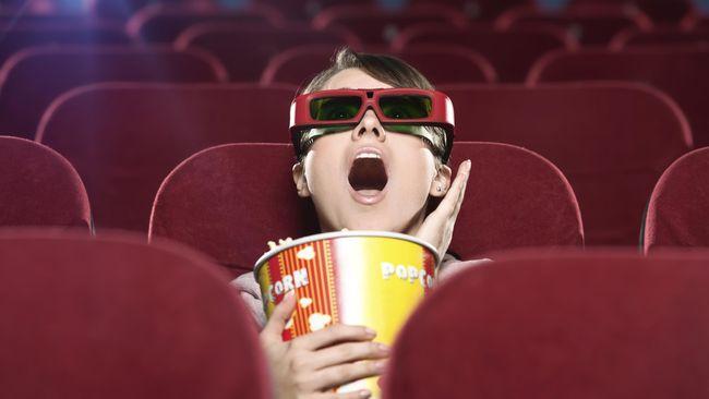 Nonton film 3D (CNN Indonesia)