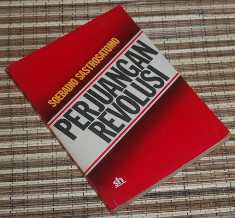 Buku Perjuangan Revolusi (Bukubukubekas)