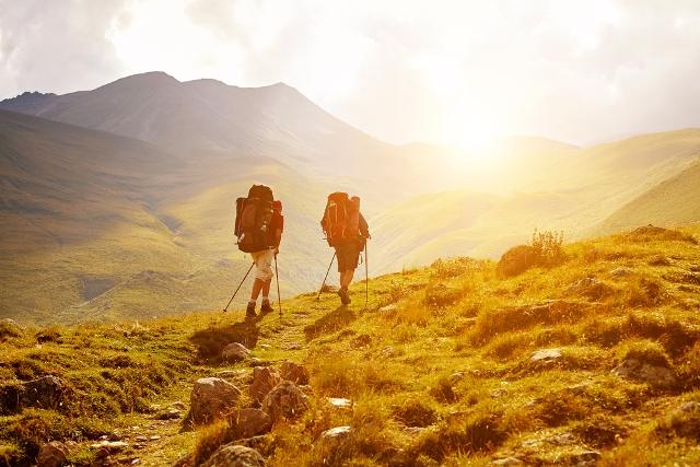 5 Gunung Indonesia dengan Pemandangan Indah Favorit Muda-Mudi