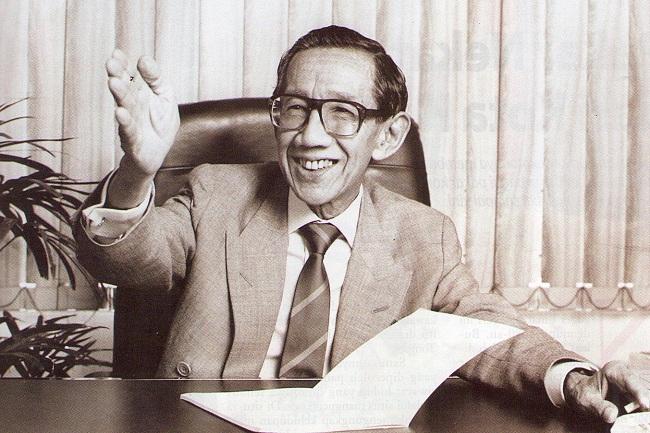 Sumitro Djojohadikusumo (Profilbos)