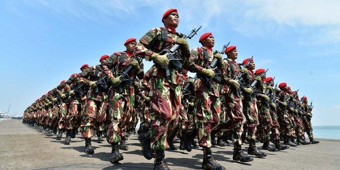 VIDEO: 5 Aksi Para Tentara Asyik Berjoget Ini Buktikan TNI Memang Paling Kompak
