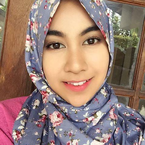 Anisa Rahma (instagram)