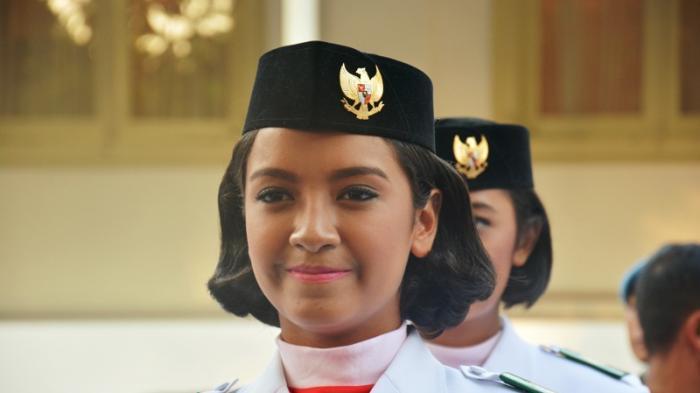 Potret Cantik Gloria Natapradja, Paskibraka yang Jadi Berita
