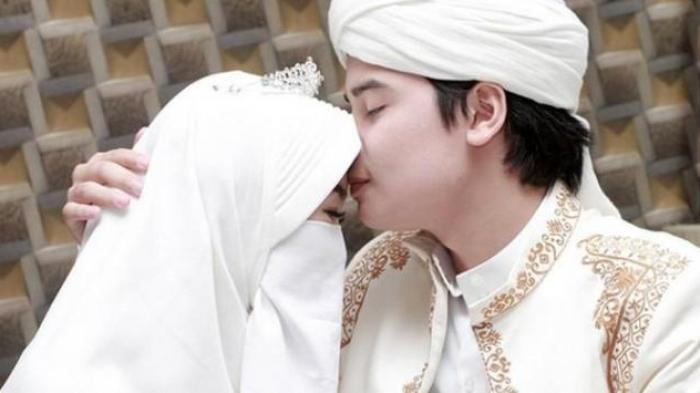 Nikah Usia 17 Tahun, Bagaimana Cara Putra Arifin Ilham Menafkahi Istri?