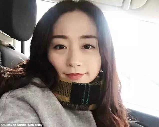 Li Qingqing, dosen bahasa Inggris Sichuan Normal University (Daily Mail)