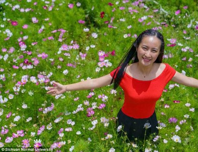 Chu Ziqi, dosen tari Sichuan Normal University (Daily Mail)