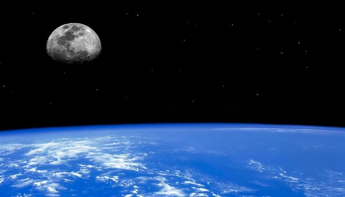Kenapa Bulan Tidak Jatuh ke Bumi?