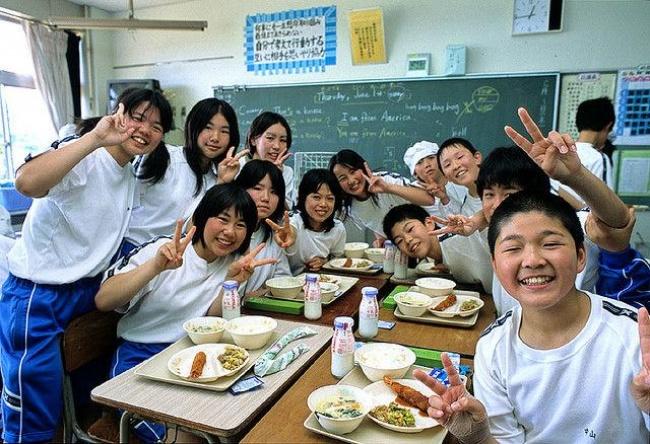 Makan di sekolah (Treehugger)