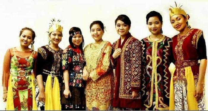Masyarakat Indonesia Masuk Peringkat ke-2 Paling Dermawan Sedunia