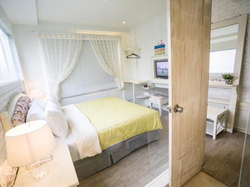 Kamar di Summerbird Bed and Brasserie (klikhotel.com)