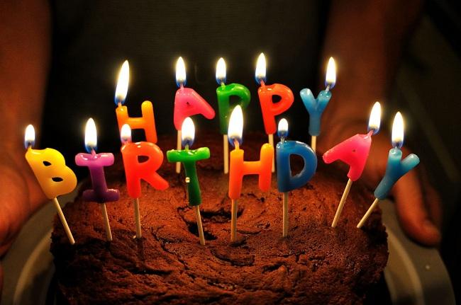 Kue ulang tahun (Flickr)